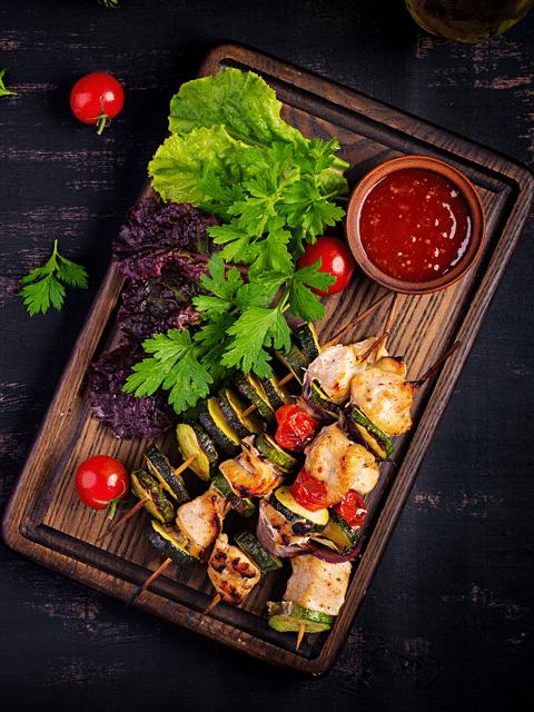 Giá ăn uống tại khu du lịch Cao Minh