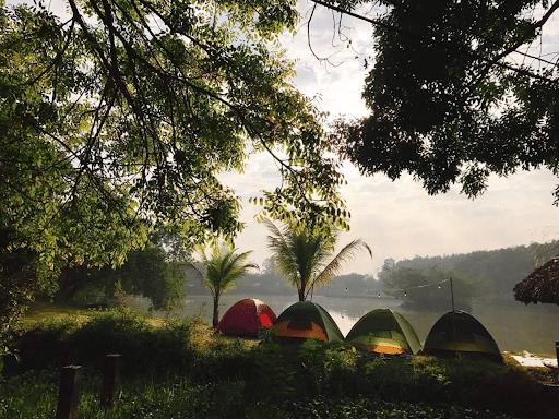Hoạt động cắm trại tại KDL Cao Minh
