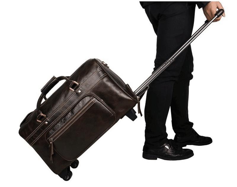 Túi du lịch cỡ lớn giúp bạn đựng được nhiều đồ hơn